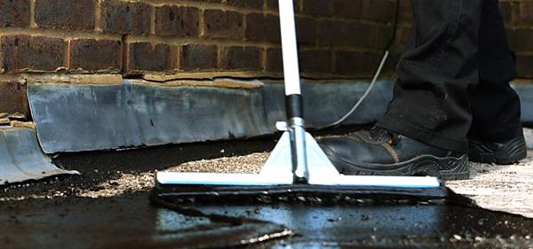 Wasserdicht versiegeln & Dachreparatur
